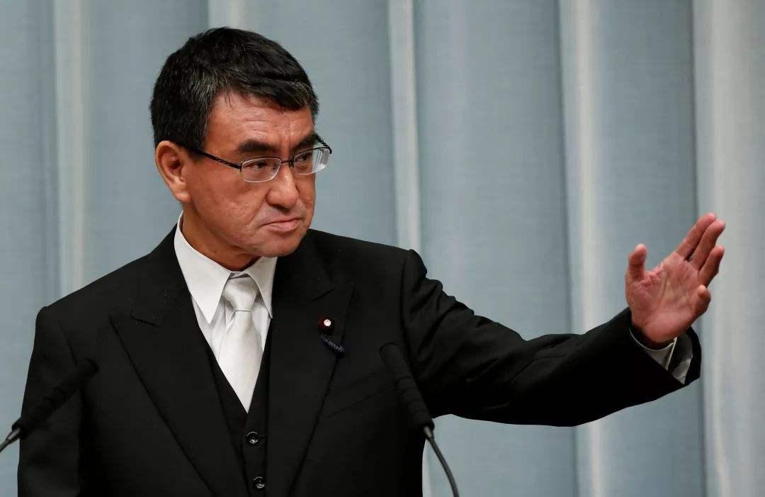 """俄罗斯会把""""两岛""""给日本吗?安倍与普京通话,美国动作值得注意"""