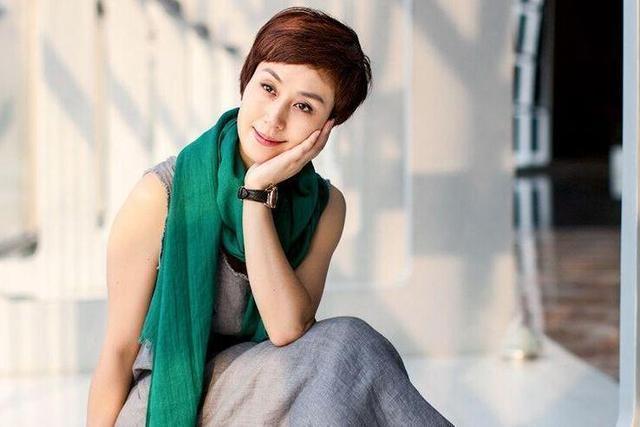 李成儒第一任妻子资料是谁 演员李成儒的几个妻子