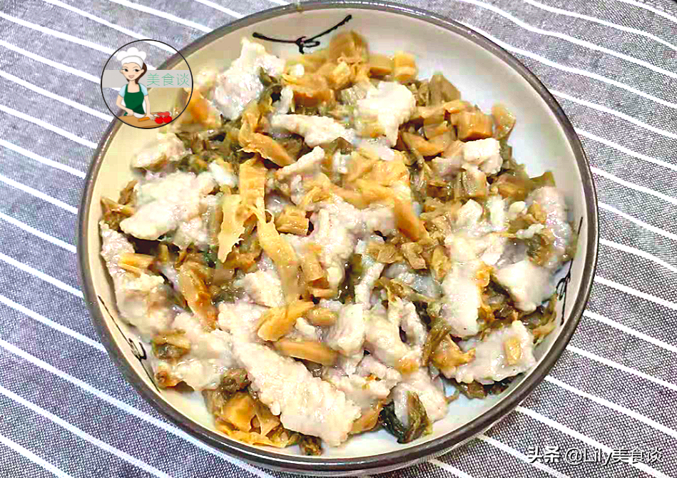 三伏天多吃蒸菜养人,这菜蒸一蒸,15分钟就出锅,鲜香营养不上火