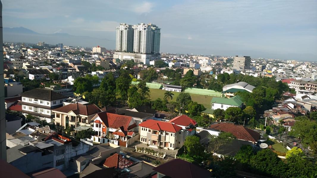印度尼西亚有哪些世界著名城市?