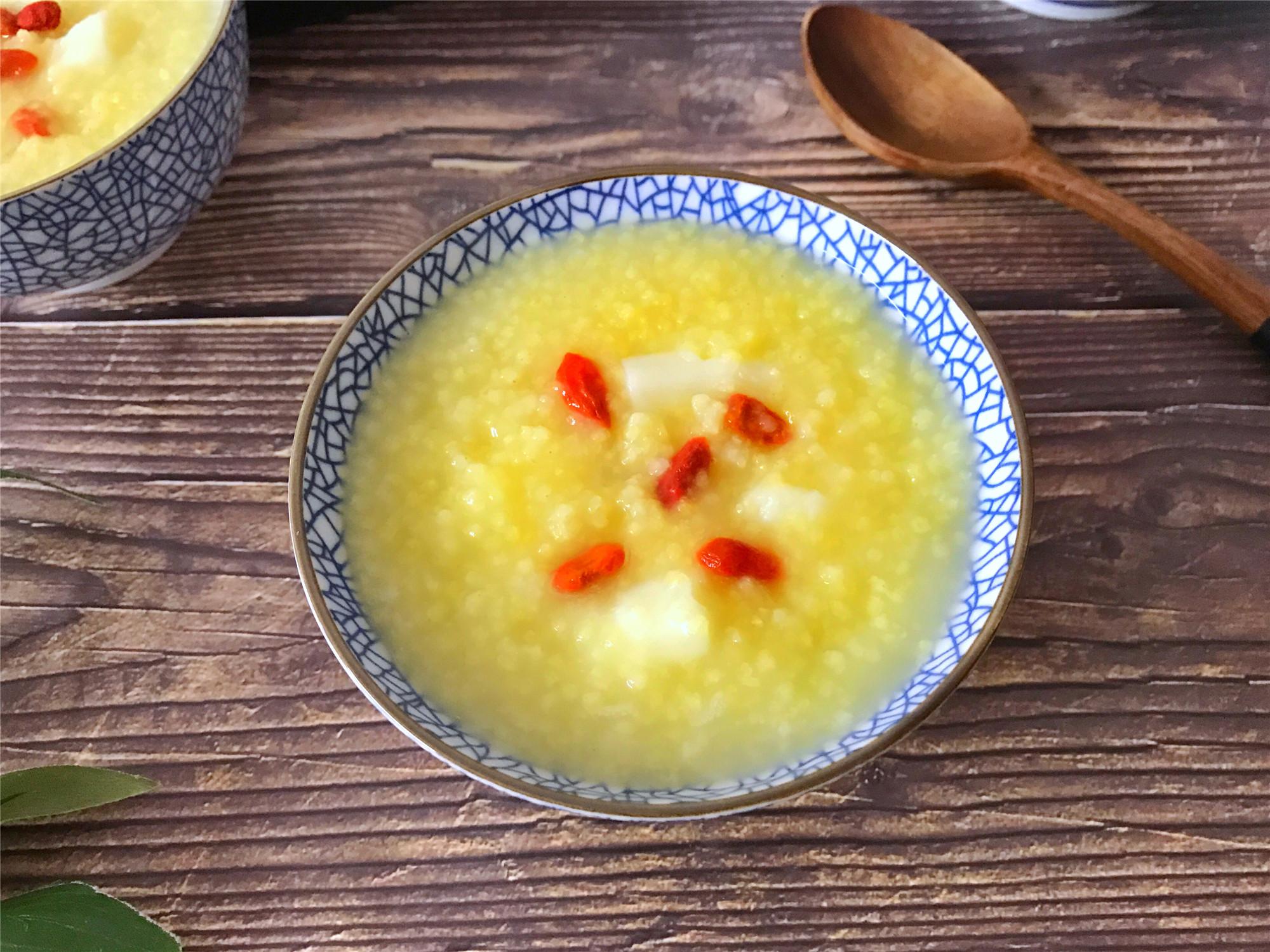 秋天早餐多喝粥,6道养胃小米粥,花钱少营养好,每天一碗不重样