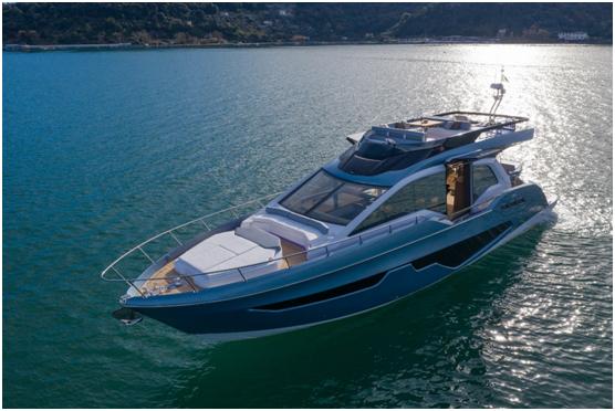 「奢华海上,天生有翼」塞莎Sessa 68英尺欧翼门豪华游艇