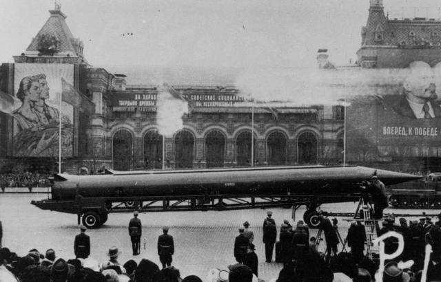 从苏联到日本,美国人打垮世界第二的那些套路,中国该怎么规避?