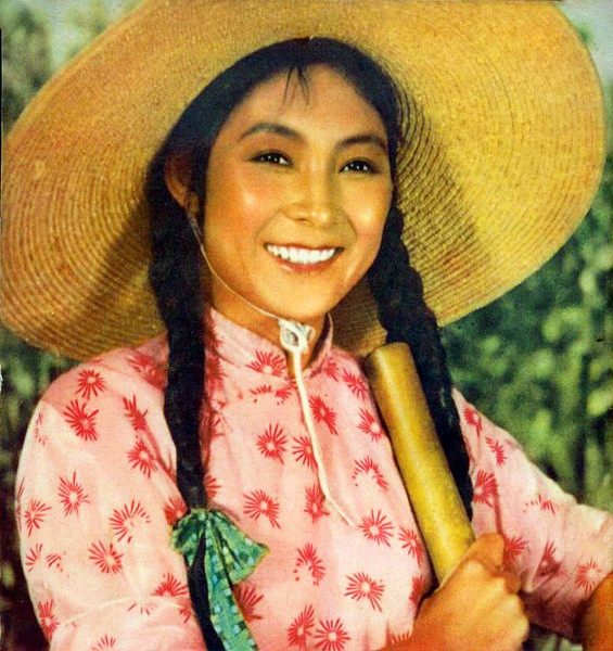 七十时代中国妇女的英姿飒爽-庆三八妇女节