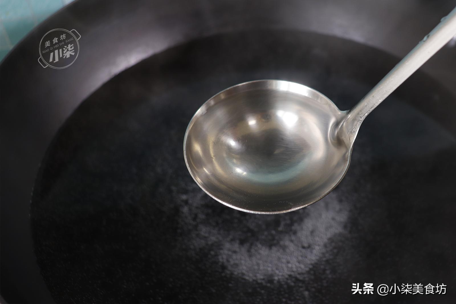 煮速凍餃子,用冷水和開水都不對,教你一招,餃子不破皮不露餡