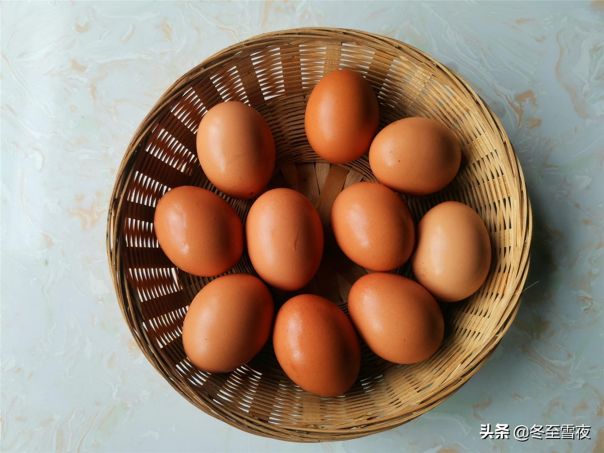 """教你在家做""""乡巴佬""""卤蛋,一滴水也不放,这个调料不能少 美食做法 第2张"""