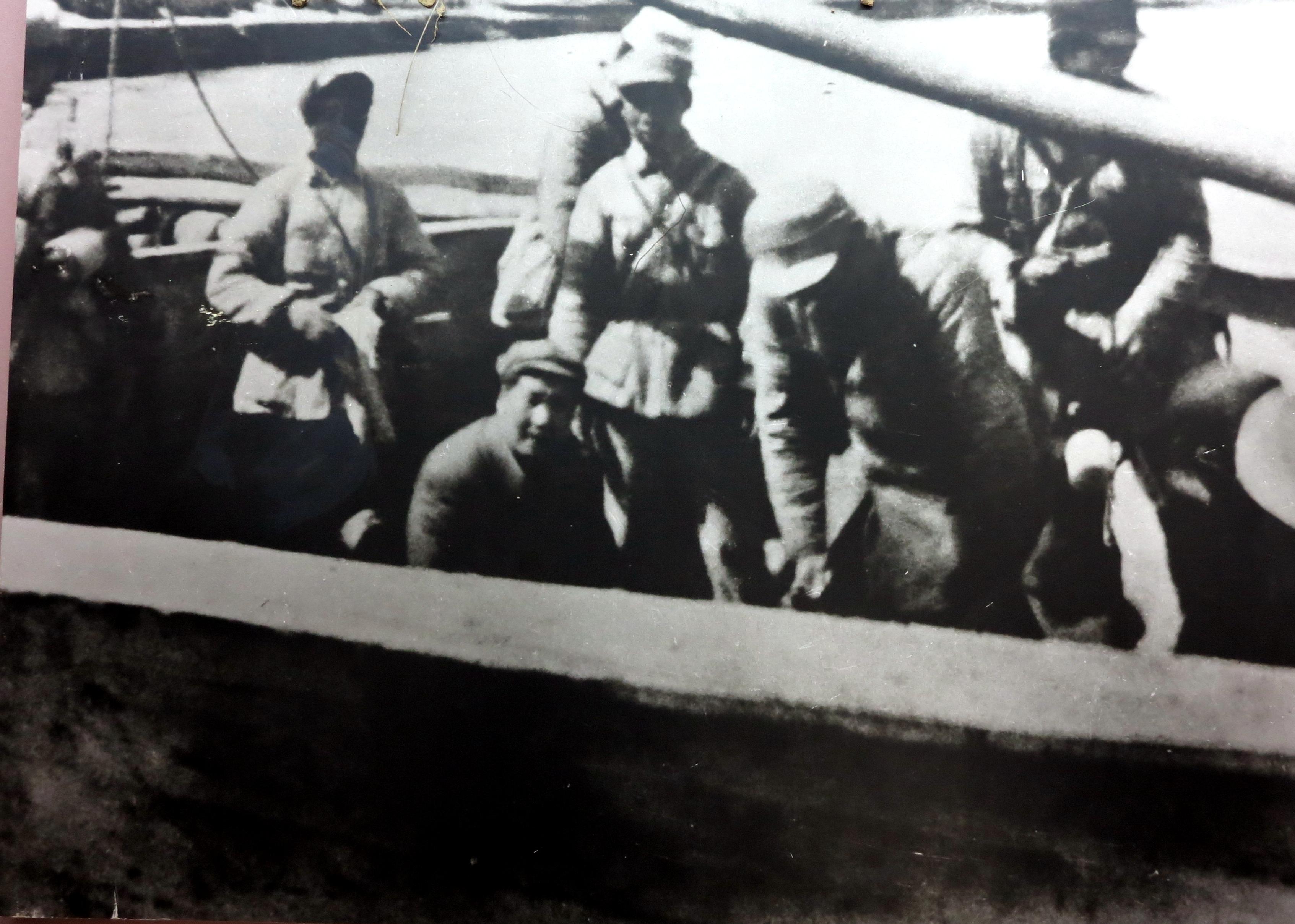 中共中央转战陕北期间的安全保卫工作(六)