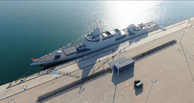 美媒:中国海军迅速扩张引起五角大楼关注,5年内驱逐舰将翻番