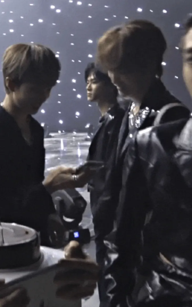 回归前被翻旧账?NCT成员真的室内吸烟吗;程潇妹妹在韩国出道?