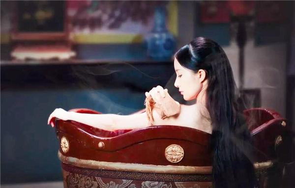 """在古代,""""沐浴""""和""""洗澡""""是一回事吗?可别搞错了不然会闹笑话"""