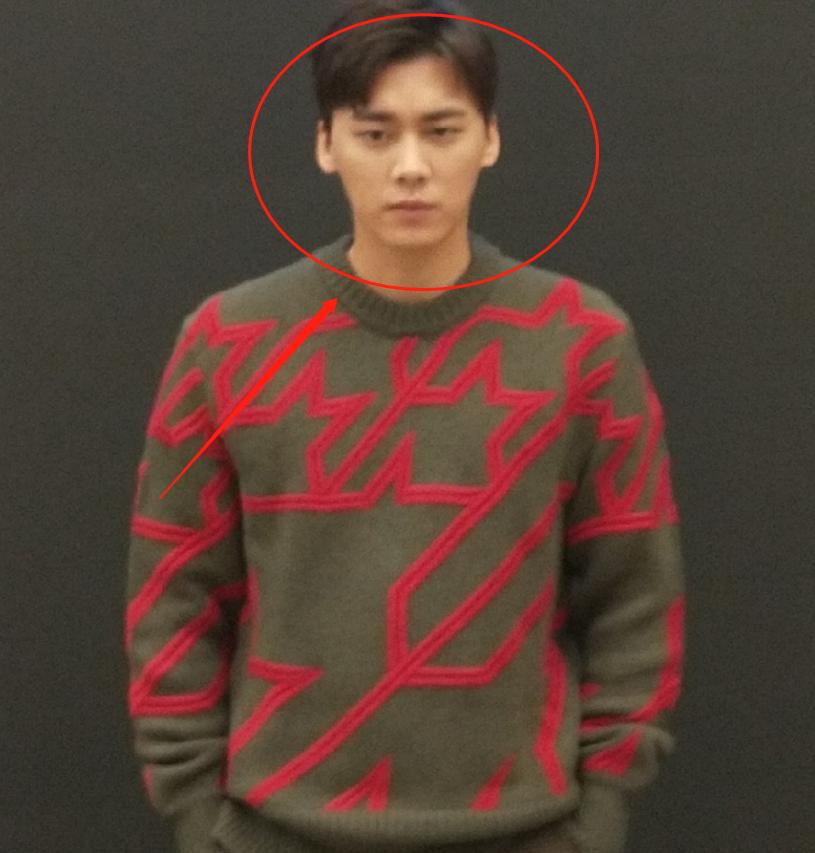 李易峰出席活动被拍,生图照暴露真实颜值,终于相信他有33岁了