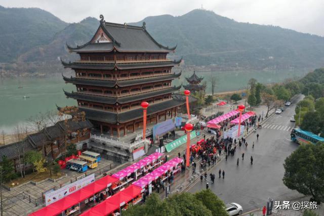 湖南湘西小县,全县总人口32万,少数民族就有20万