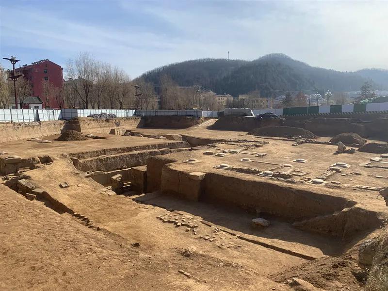 """九成宫遗址考古又有新发现:""""粉壁涂泥""""被找到"""