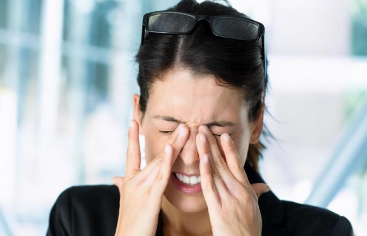 """眼睛常常出现""""酸痛""""?多吃这些""""食物"""",远离疲劳与干涩"""