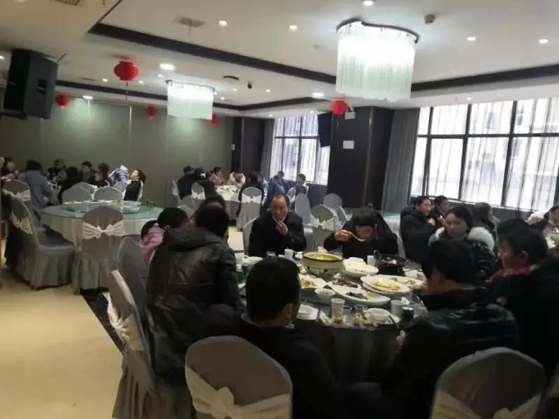 安康查处一起疫情期间违规群体性就餐,聚集人员超百人!