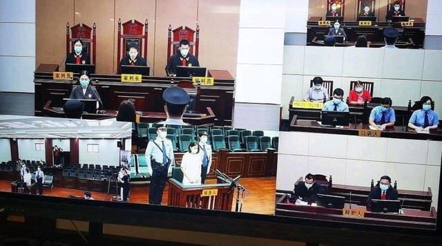 劳荣枝被宣判死刑后当庭痛哭,称不是故意杀人的