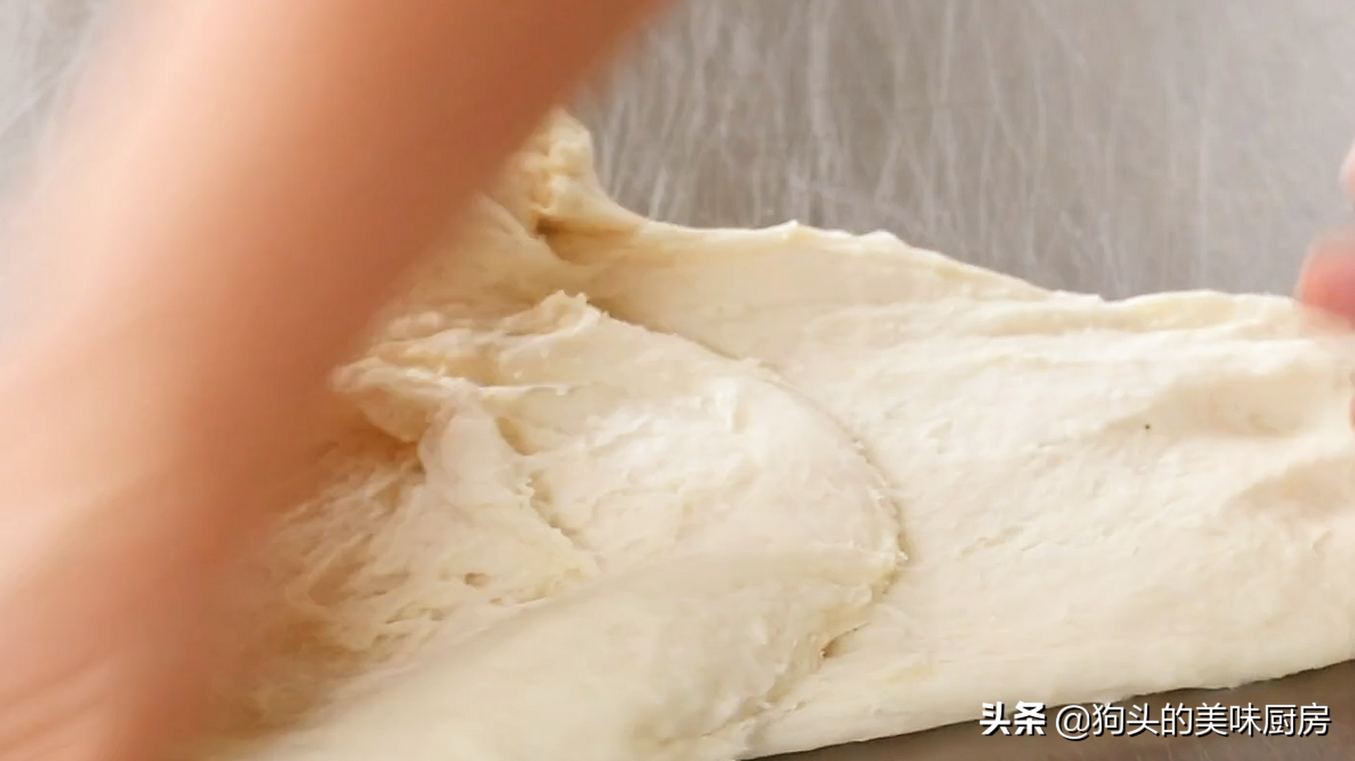 手把手教你在家做披薩,簡單易學,綿軟可口還拉絲,比買的還好吃