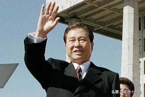 大戏在韩国上演!继朴槿惠李明博后,又一前总统被判刑