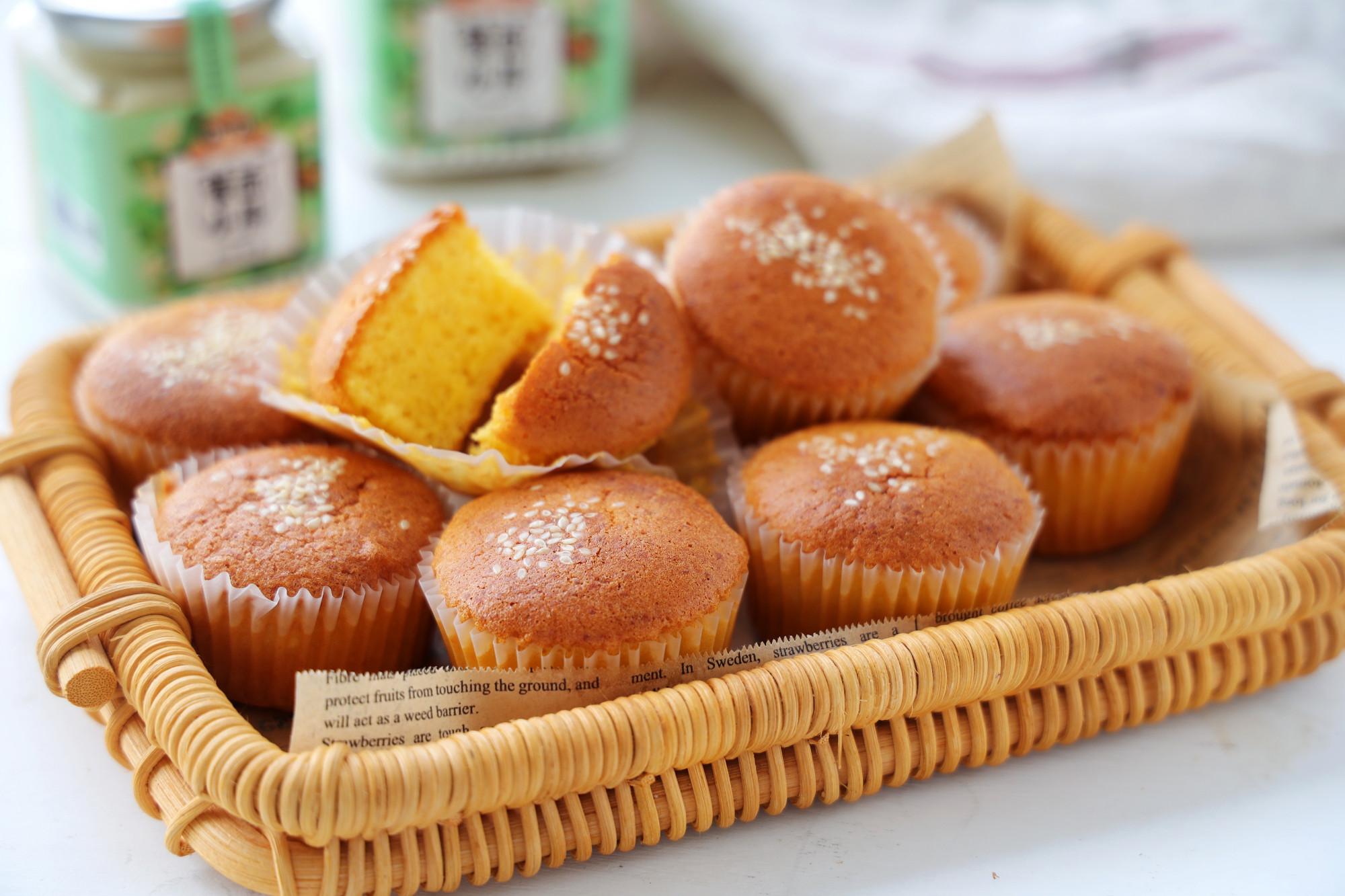 蜂蜜脆皮老式蛋糕,全都是兒時的味道,掌握技巧,在家做很簡單