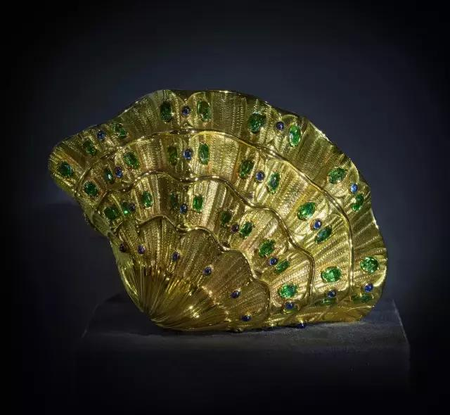 石榴石最闪耀最稀有的存在——翠榴石