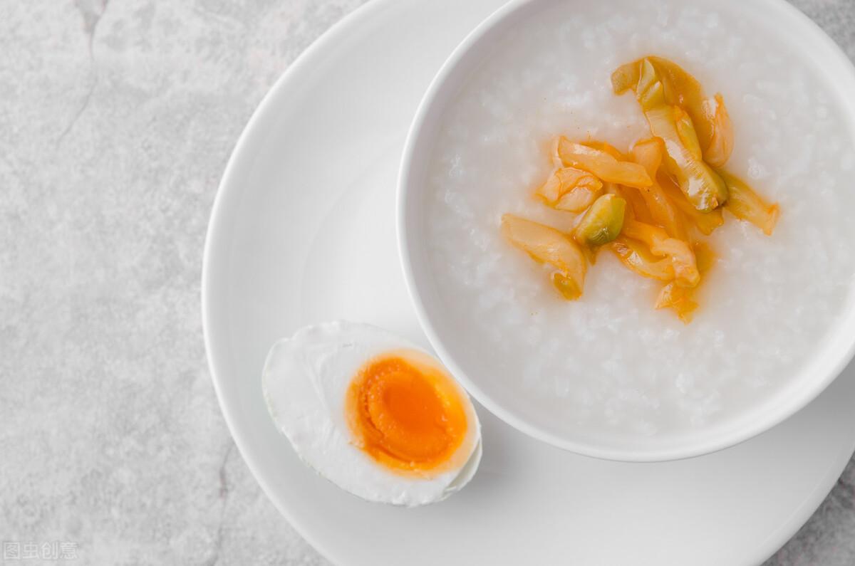 煮白粥有技巧,不要直接加水煮,粥铺老板分享一招,香浓又绵稠 美食做法 第6张
