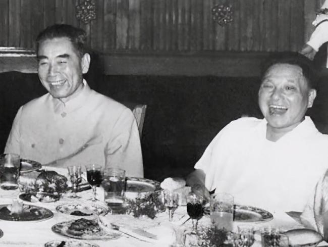 周恩来逝世当天,邓颖超提出3个请求,邓小平怎么都不愿意答应