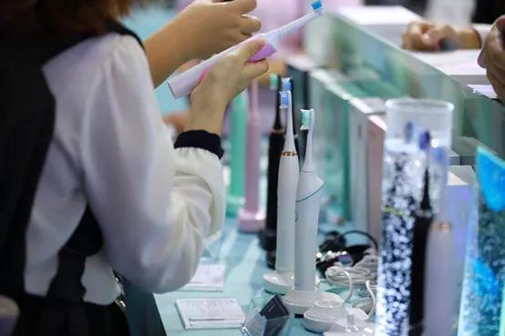 爆款生意经:9.9包邮的电动牙刷,这家工厂一年狂销2000万