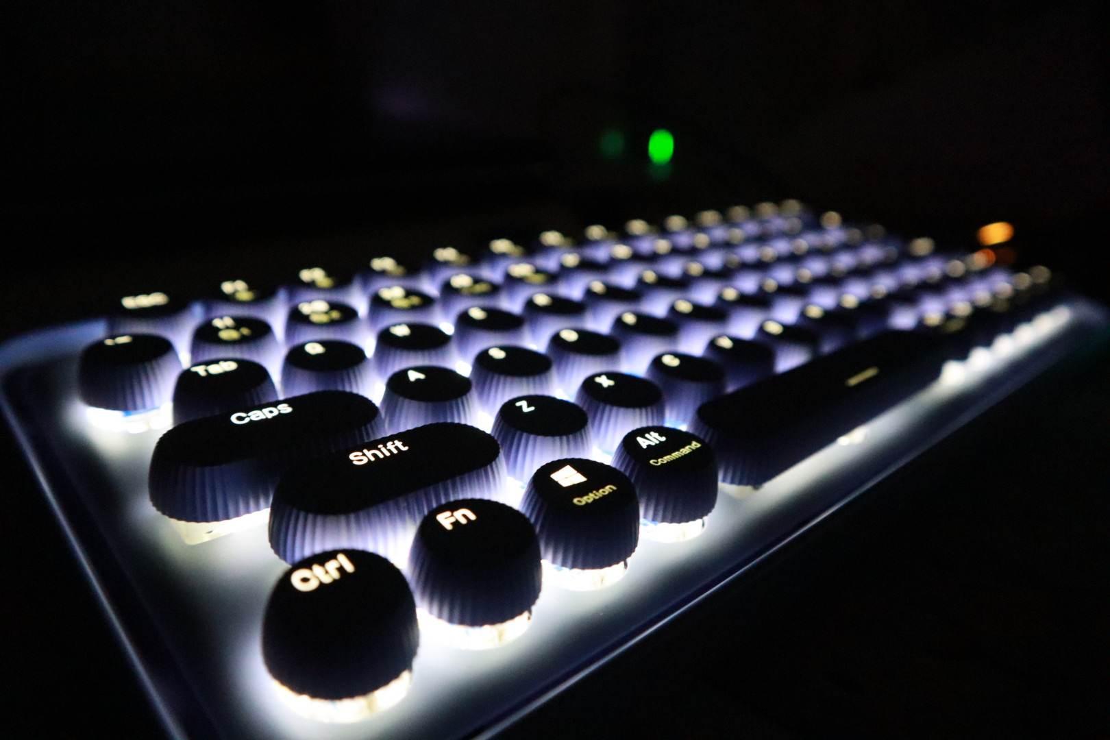 正中少女心 | 雷柏ralemo Pre 5多模机械键盘评测