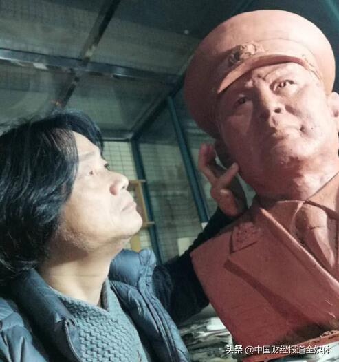 缅怀开国元勋叶帅 雕塑奇才献真情