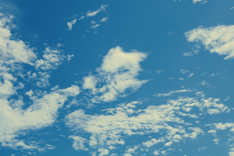 随手拍摄南宁的蓝天白云,都是美景,怎么拍?牢记这三个摄影知识