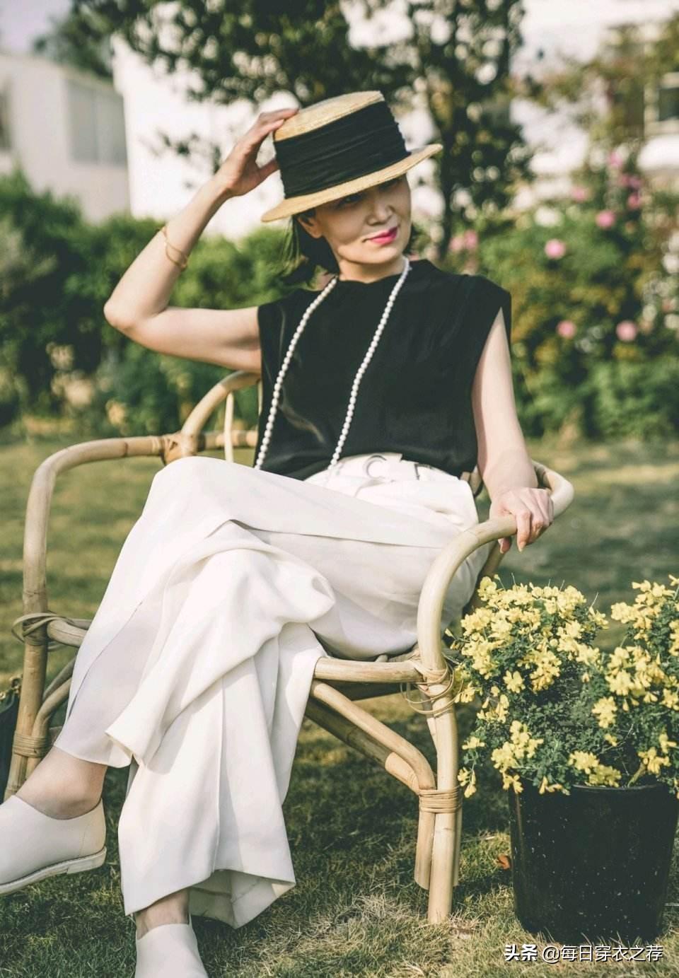 被日本国民美魔女折服!60岁比20岁还美!原来时尚和年龄无关