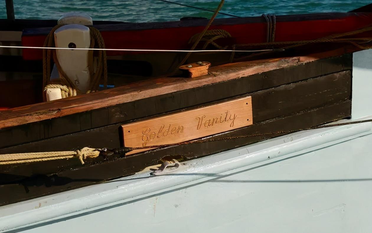 买下113岁的木制帆船,只为让年轻人参与进来感受那种历史氛围
