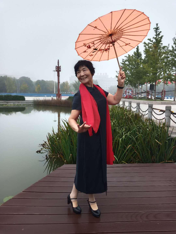 高邑县文体女子舞蹈队风采