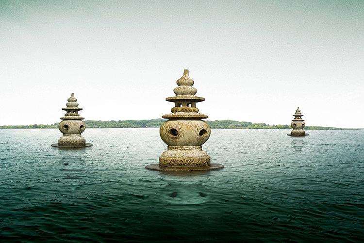 """杭州西湖""""三潭映月""""的传说"""