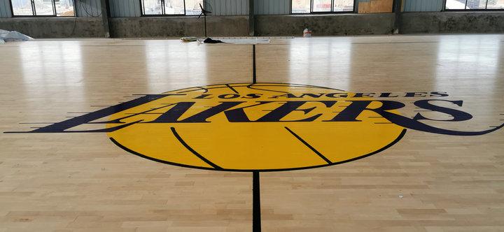 东奥体育|运动木地板破损怎么修复?