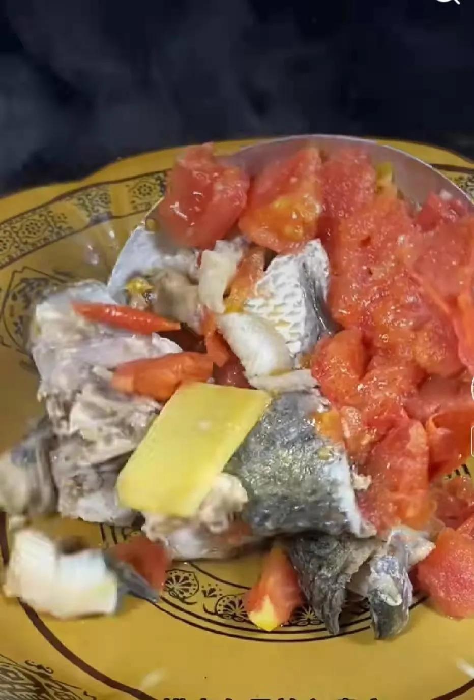 番茄鱼----汤鲜味美