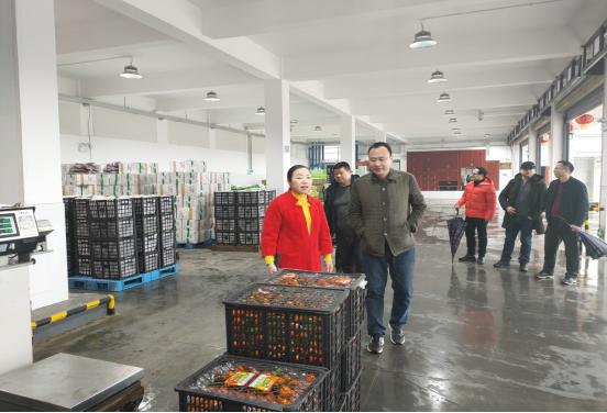 湘潭市供销社扎实做好人民群众就地过年服务保障工作