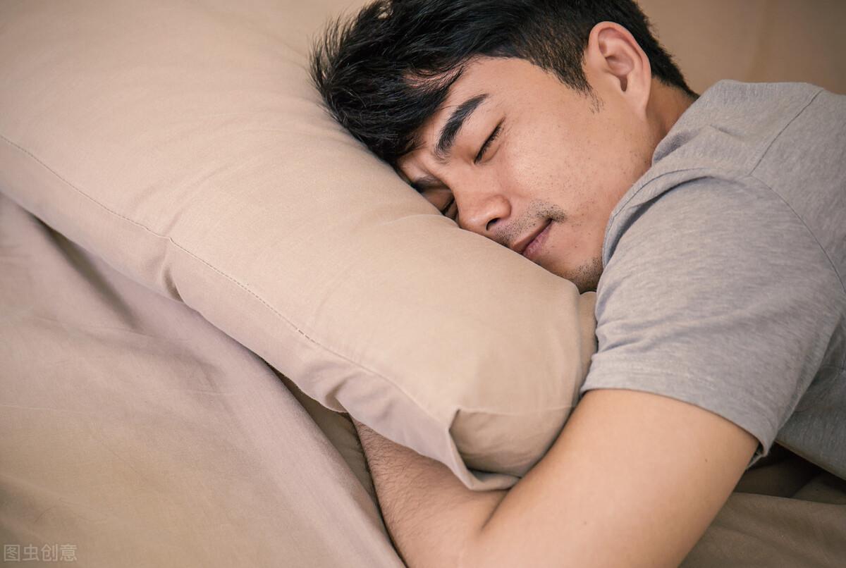 睡眠质量不好 试试苏老伯精细黄麻床垫