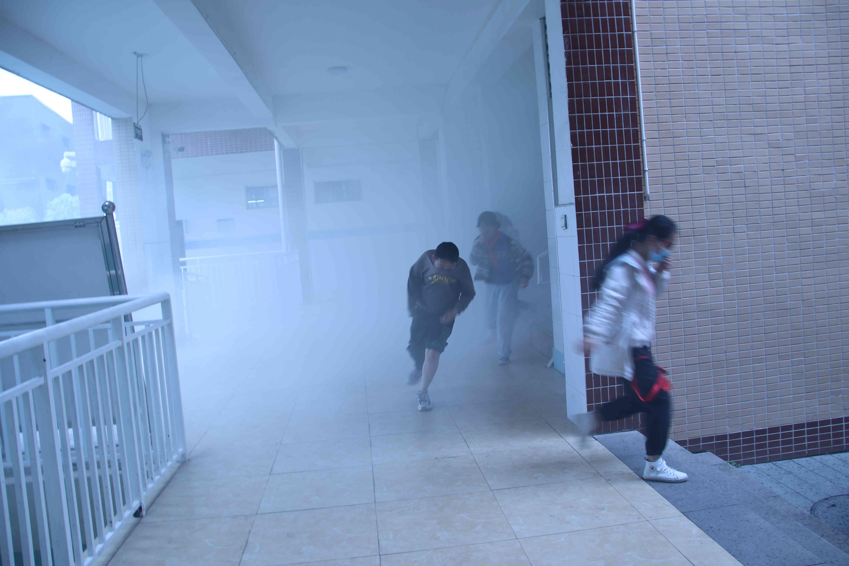 加强消防演练   增强安全意识——广元市利州区盘龙第二小学举行消防安全应急演练