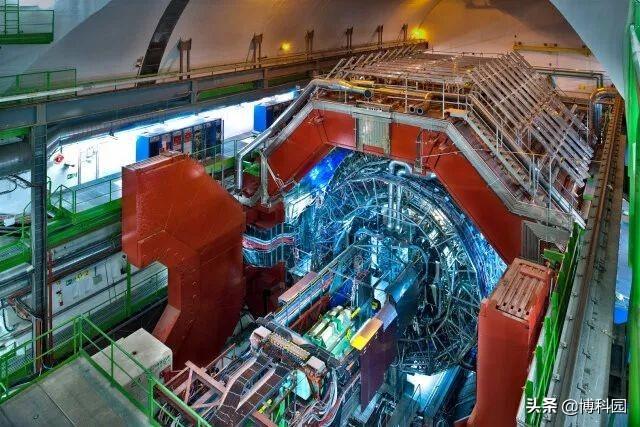 大型强子对撞机,重现宇宙大爆炸后的百万分之一秒,又有新发现