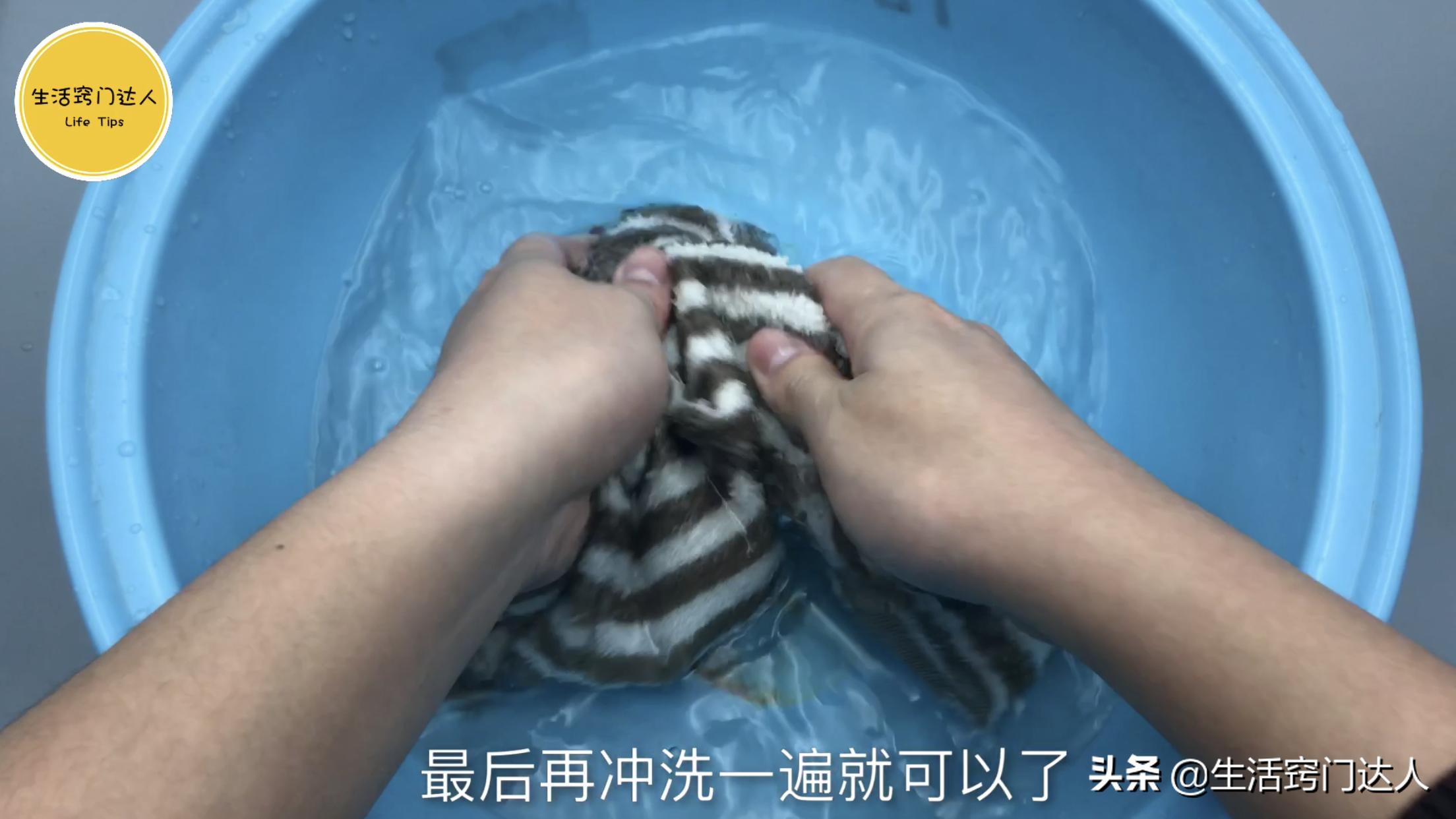 这是我见过洗毛巾最正确方法,简单又方便,多脏的毛巾也能洗干净 清洗毛巾 第9张