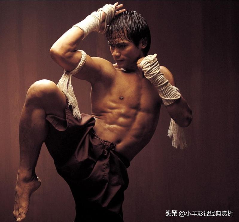 《冬荫功》曾经的泰国动作电影巅峰之作 高清动图重现泰拳经典