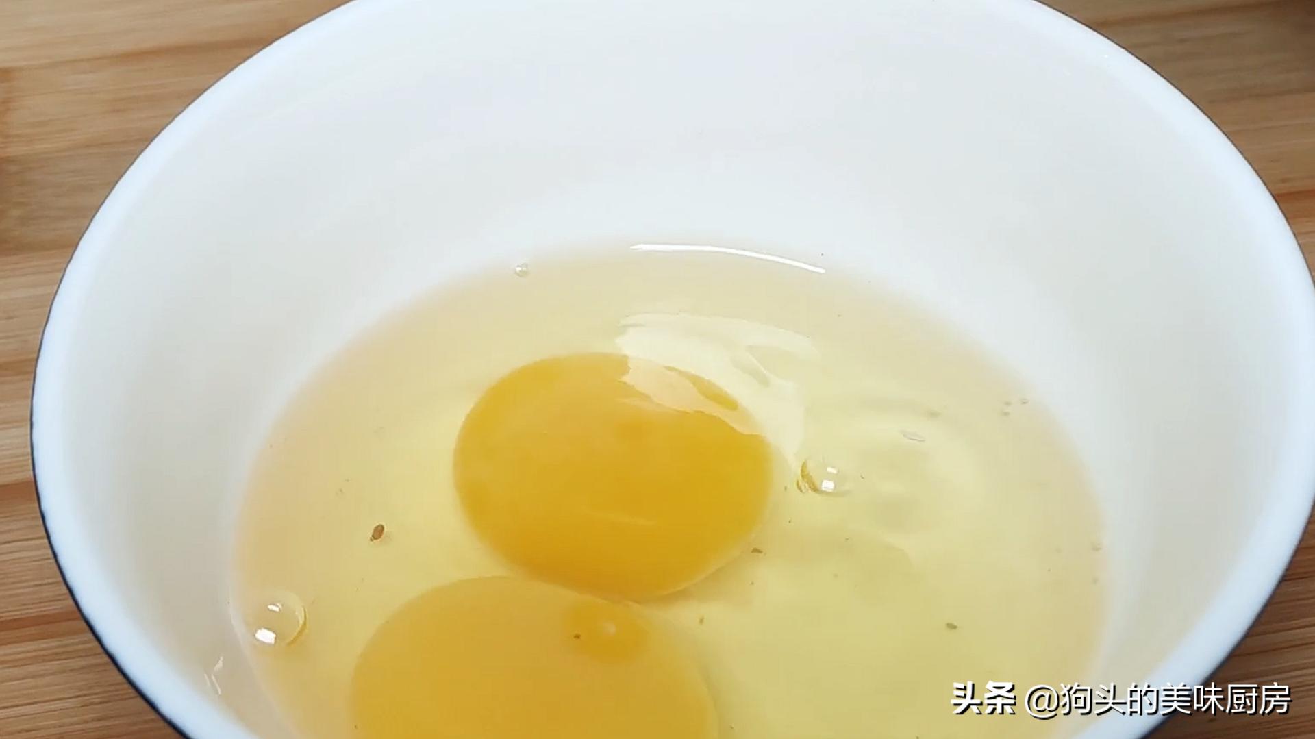 5个土豆,2个鸡蛋,教你没有吃过的做法,比肉还香,上桌就被扫光 美食做法 第8张