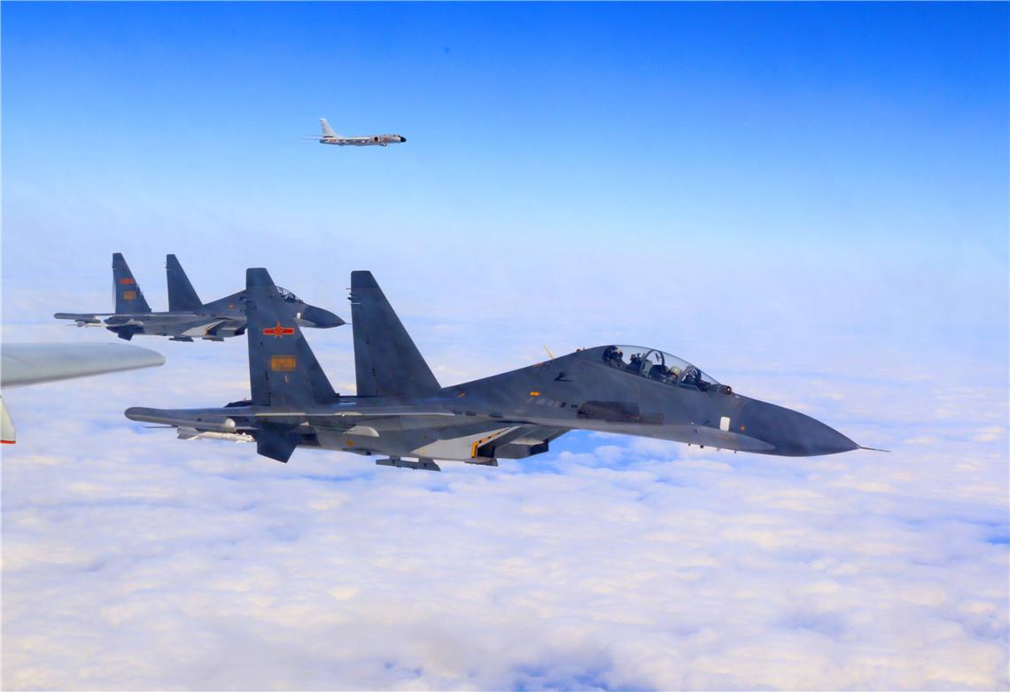 中国28架军机现身海峡上空,仅仅是一次警告吗?