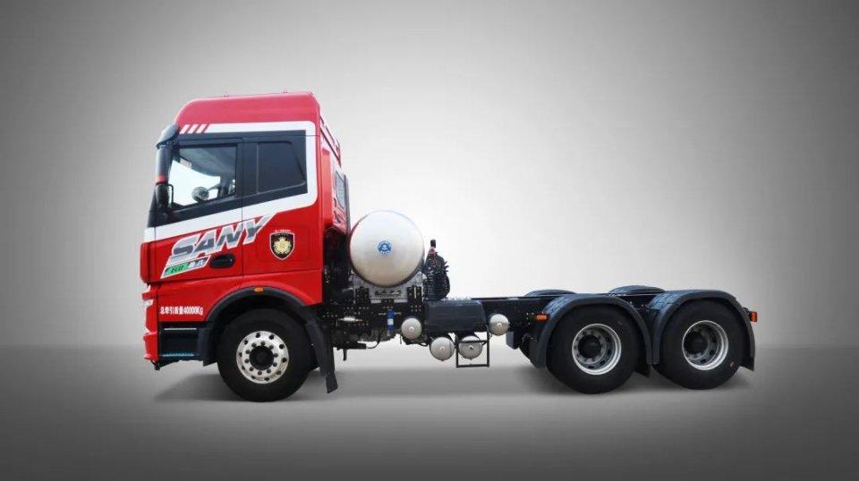 一组高清大图带你解读三一重卡首款国六燃气牵引车正义版400N