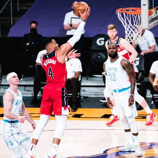4-29日NBA直播:湖人vs奇才,快船vs太阳,公牛vs尼克斯