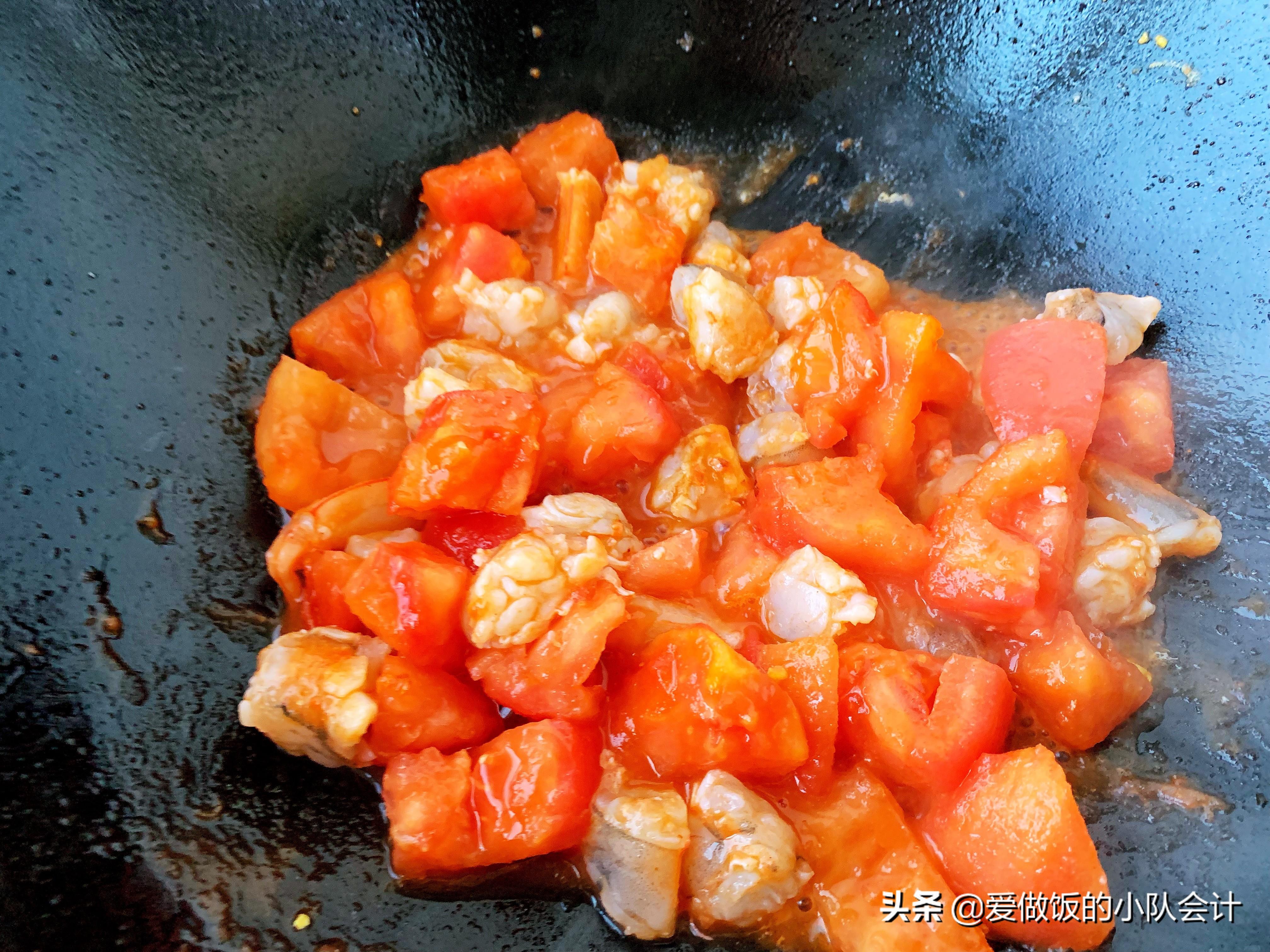 做西红柿炒鸡蛋,最怕直接下锅炒,牢记2点,汁浓蛋嫩味道香 美食做法 第9张