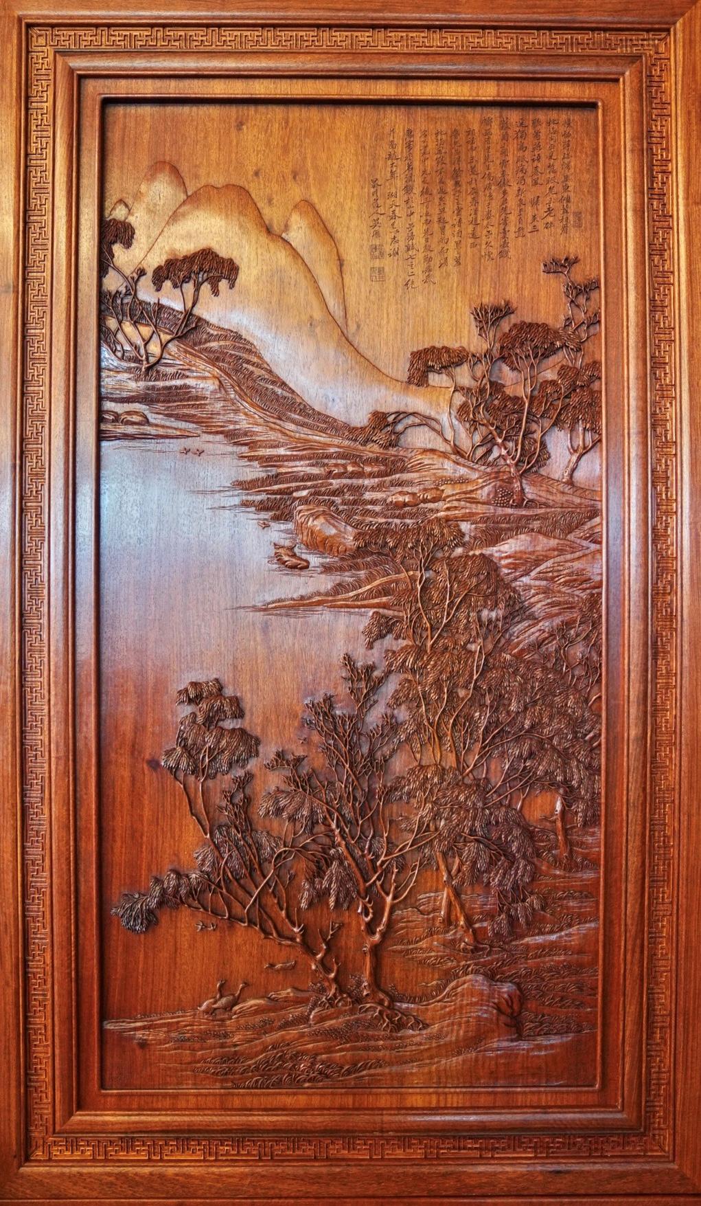 助推常熟澳门文化交流合作—东方红木木雕《湖天春色图》揭幕