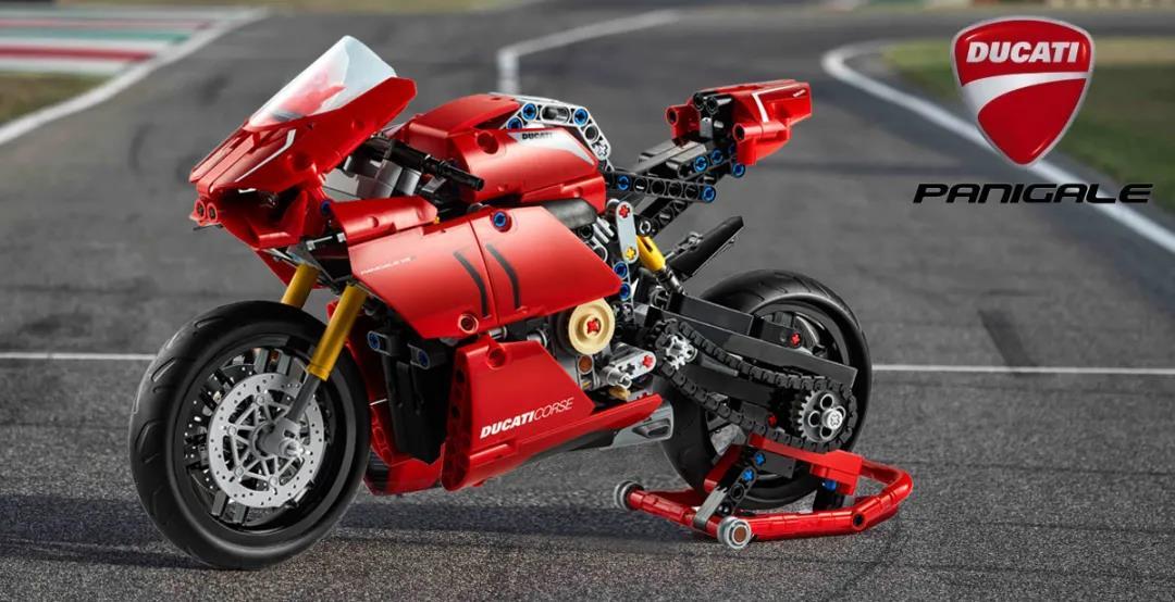 为赛道而生的红色闪电,乐高机械组 42107 杜卡迪Panigale V4R