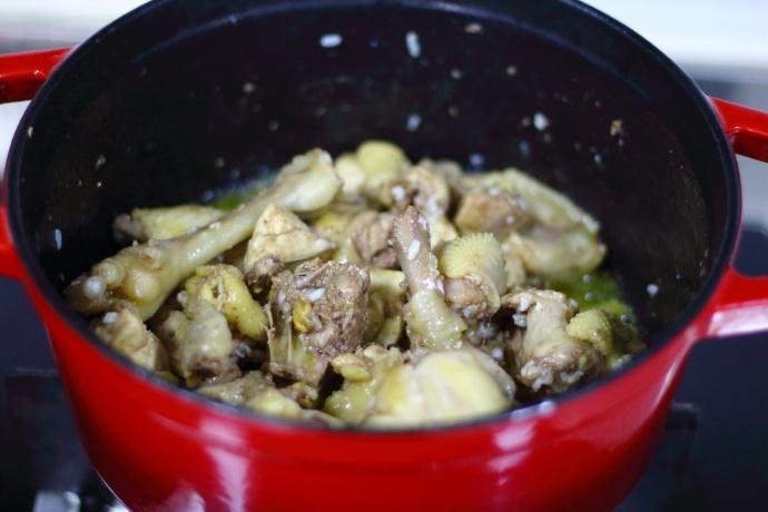 教你红烧鸡简单又好吃的方法,软烂多汁、鲜香入味,开胃又下饭! 美食做法 第6张